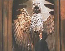 File:Gargoyle statue Chamber of secret (film) pic2.jpg