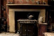 Deathly-hallows-part-i-kitchen3