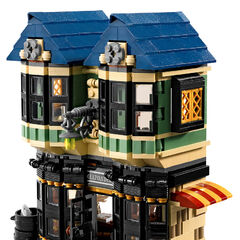 LEGO (снаружи)
