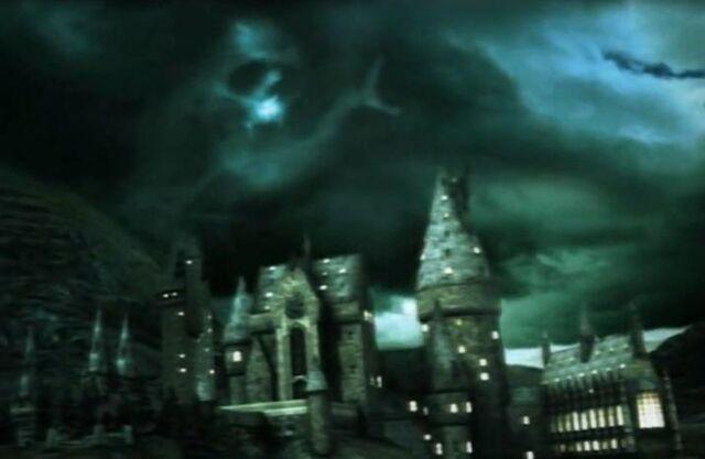 File:Dark Mark on top of Hogwarts Castle.jpg