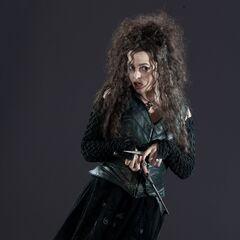 Беллатриса со своей волшебной палочкой и тем самым ножом