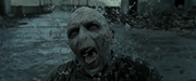 830px-Voldemortdisintegratesshot1