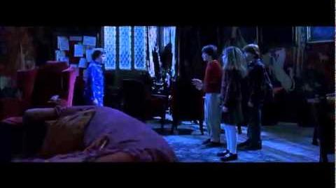 Harry Potter - Hermione Freezes Neville