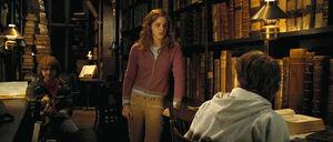 Trio w bibliotece2