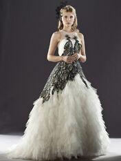 Fleur w swojej sukni ślubnej