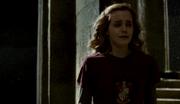 Hermione piange