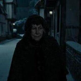 Батильда на улице