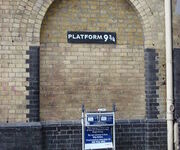 450px-Harry Potter Platform Kings Cross thumb