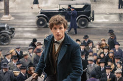 Fantastic beasts newt running new york