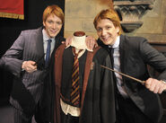James und Oliver Phelps4