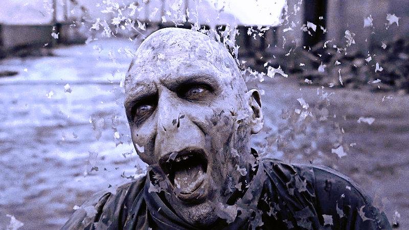 نتيجة بحث الصور عن Voldemort's death.