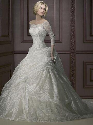 FileEea5f4360616bd16 Long Sleeved Winter Wedding Dress Fashion White