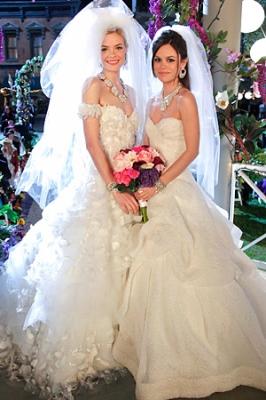 Normal 043012-Hart-of-Dixie-wedding-dress-300