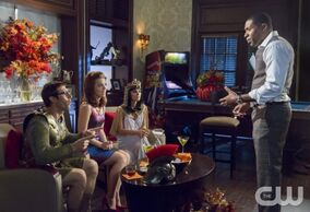 Hart-Of-Dixie-Season-3-Episode-4-Help-Me-Make-it-Through-the-Night