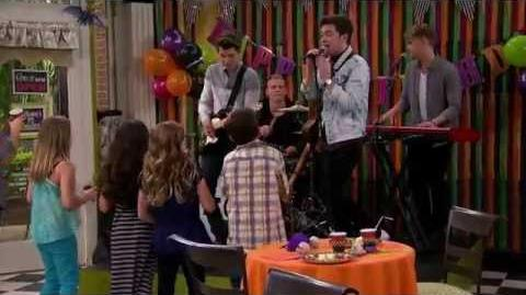 Haunted Hathaways Mostly Ghostly Girl - Rixton Performance Nick