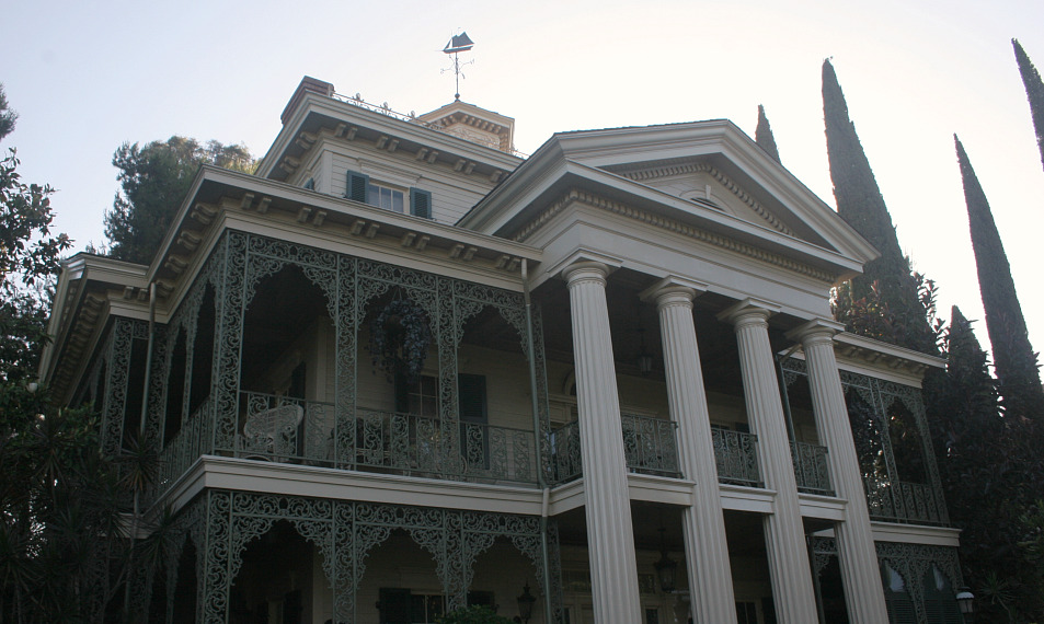 The Haunted Mansion Disneyland Haunted Mansion Wiki Fandom