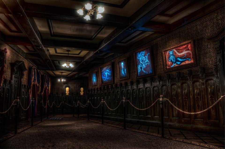 Portrait Corridor Haunted Mansion Wiki Fandom Powered