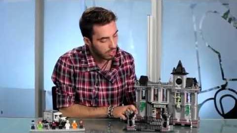 LEGO® 10937 BATMAN™ - Arkham Asylum Breakout