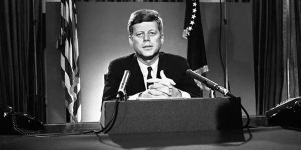 File:JFK-Crisis-Speech.jpg