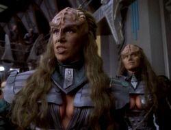Star Trek - Deep Space Nine 1x02 001