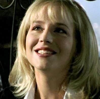 Julie Benz Headhunter 39 s Horror