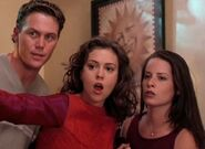 Charmed 2x22 004