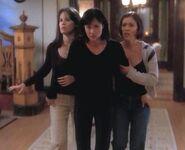 Charmed 1x01 006