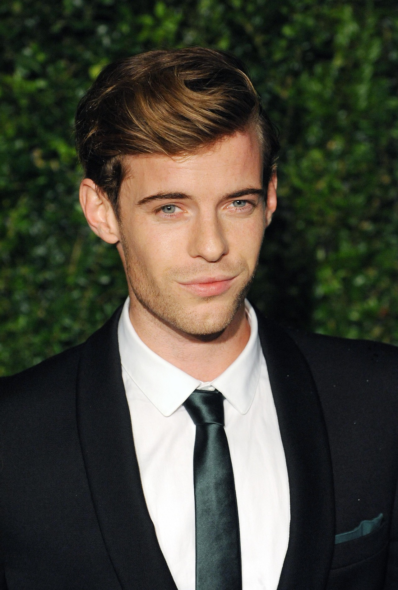 Harry Treadaway (born 1984)