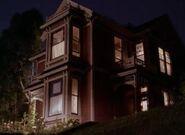 Charmed 2x01 003