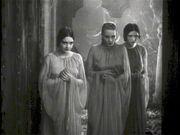 Brides of Dracula 001