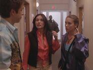 Charmed 2x13 004