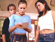 Charmed 2x08 002