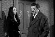 Addams Family 1x02 002