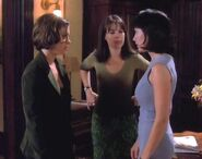 Charmed 1x01 002