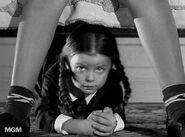 Addams Family 1x10 005