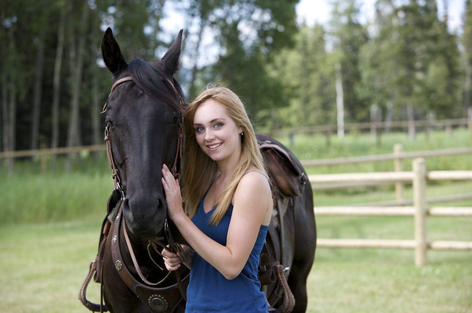 Image - Saison-2-Amy.jpg | Heartland Wiki | FANDOM powered ...
