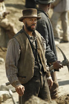 Hell on Wheels Season 1 Episode 1 promotional photo 2