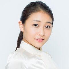 Wada Ayaka como Katsuragi Yayoi