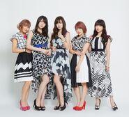 Cute-SummerWind-groupshot