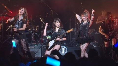 田中れいな、新バンド「LoVendoЯ」をお披露目