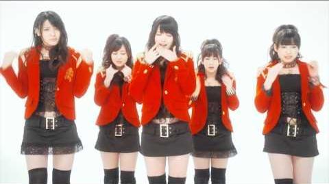 ℃-ute - Kimi wa Jitensha Watashi wa Densha de Kitaku (MV)