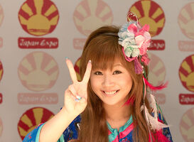 Morning Musume 20100703 Japan Expo 02