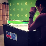 Allison-Scagliotti-Director-Nickelodeon-Henry-Danger-4x15-green-screen