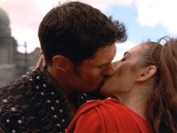 Livia Ares kiss