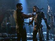 Ares y Kal in episode chakram