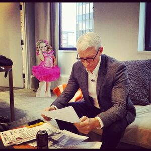 Anderson Cooper in office with Honey Boo Boo cutout