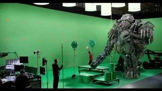 Transformers The Last Knight - Hound Vs. Lennox 'On The Set'