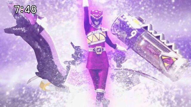 File:Female Kyoryu Violet Role Call.jpg
