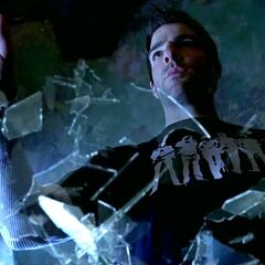 Sylar hovering shards of glass