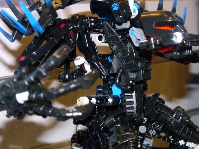 File:Toy fair 294.jpg